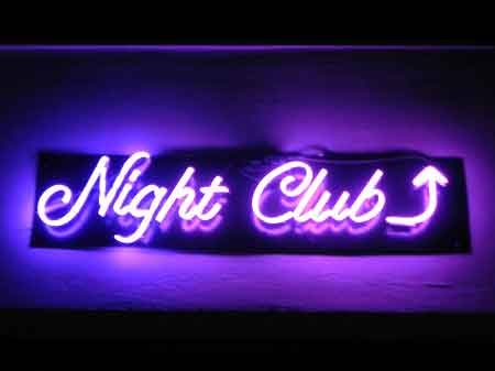 Señal de Neon Night Club
